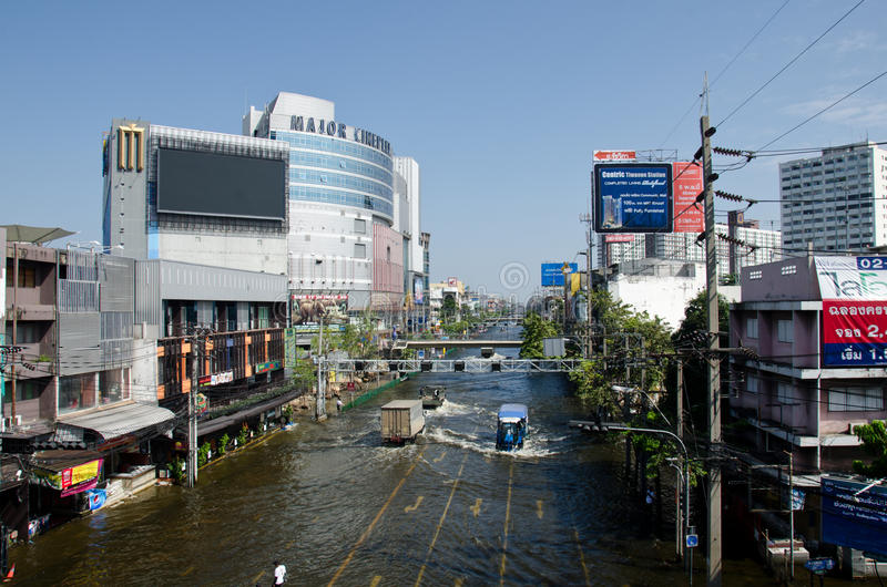 Scenes from Bangkok Thailand during its worst floo. BANGKOK THAILAND – NOVEMBER 13: scenes from Bangkok during its worst flooding in decades is a major royalty free stock photo