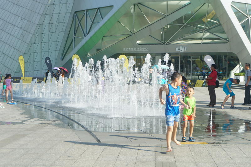 Scenic fountain facilities, children are happy to play. Huan le hai an scenic area in Shenzhen, china stock photos