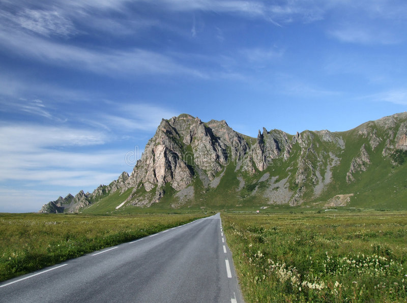 Scenic road and mountains in Norway royalty free stock photography