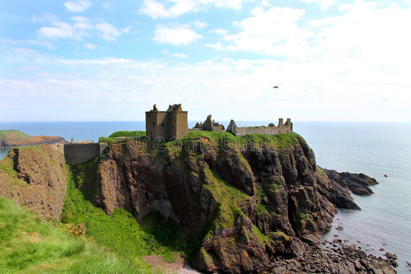 Scenic ruins of Dunnottar Castle stock photography