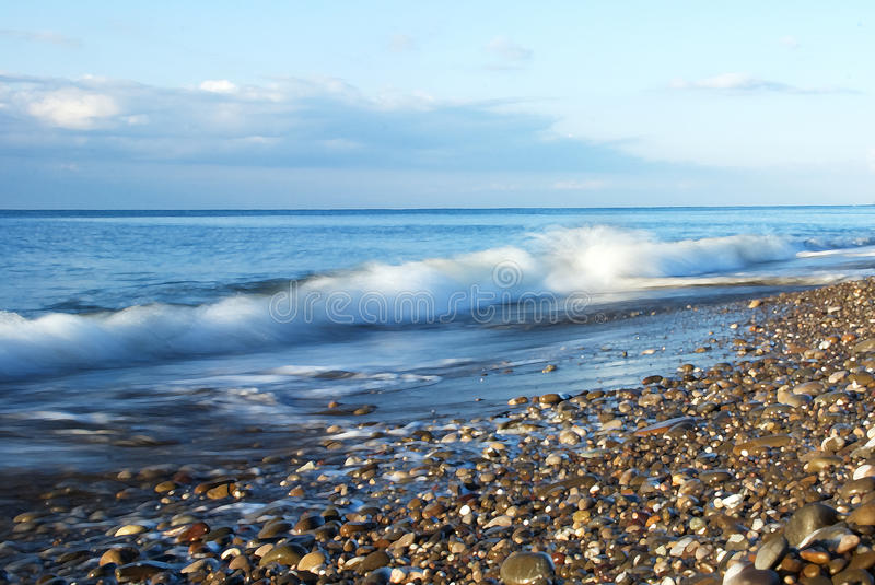 Download Scenic Surf Wave On Rocky Coastline Royalty Free Stock Images - Image: 12797479