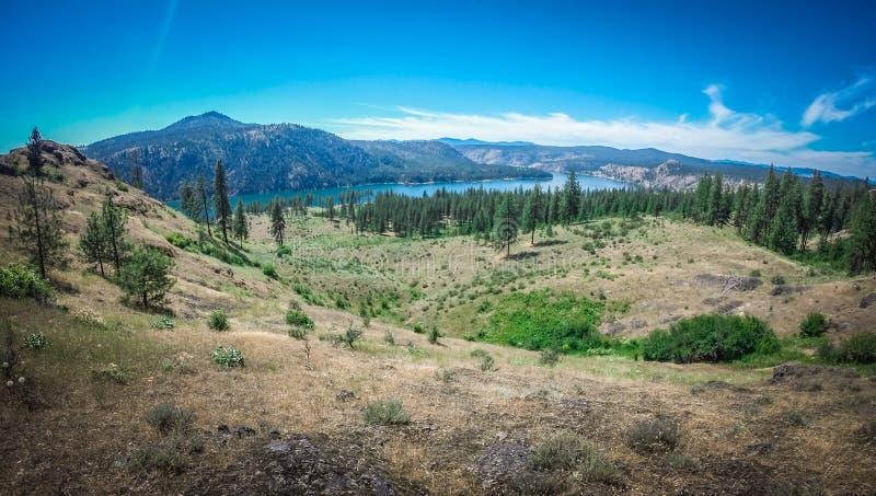 Scenics de la naturaleza alrededor del río Washington de Spokane imagenes de archivo
