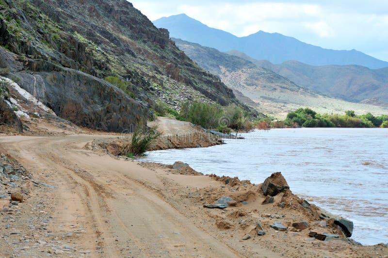 Sceniczna C13 trasa w Namibia wzdłuż Pomarańczowej rzeki obraz stock