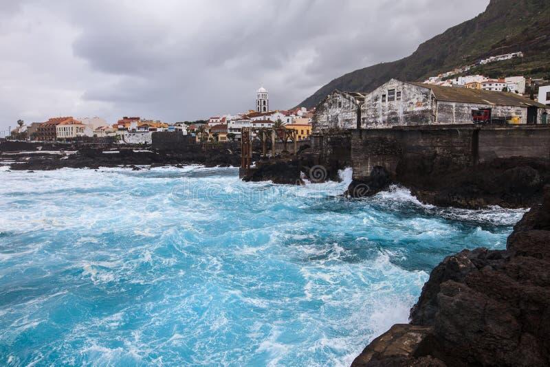 Sceniczny seascape Garachico w Tenerife, wyspy kanaryjska, Hiszpania zdjęcia stock