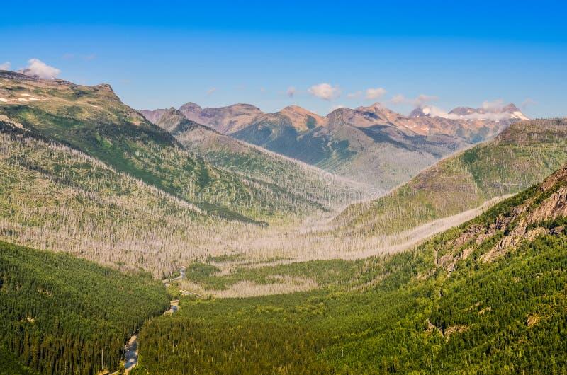 Sceniczny widok Halna dolina w lodowu NP, usa obrazy royalty free