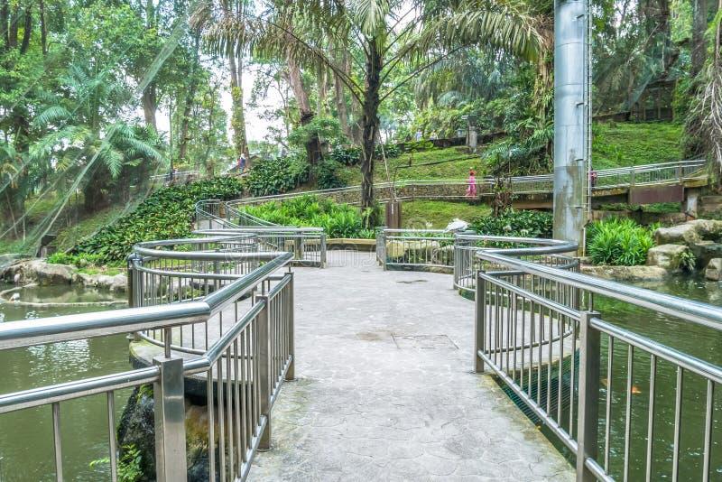 Sceniczny widok Kuala Lumpur ptaka park, ja jest także słynny jako ` ` s Światowy Wielki lot W woliery ` obrazy royalty free