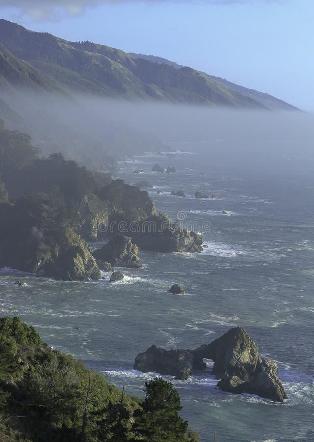 Sceniczny widok na ocean blisko big sur, Kalifornia zdjęcia royalty free
