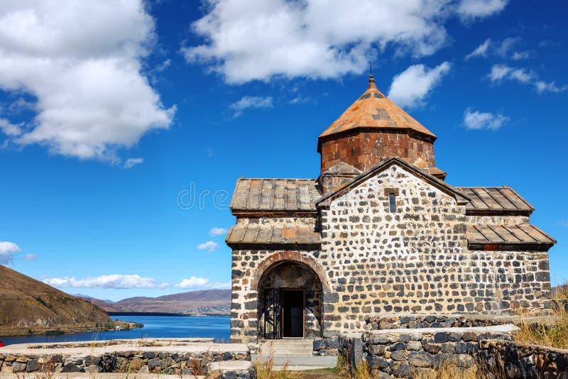 Sceniczny widok stary Sevanavank kościół w Sevan, Armenia obrazy stock