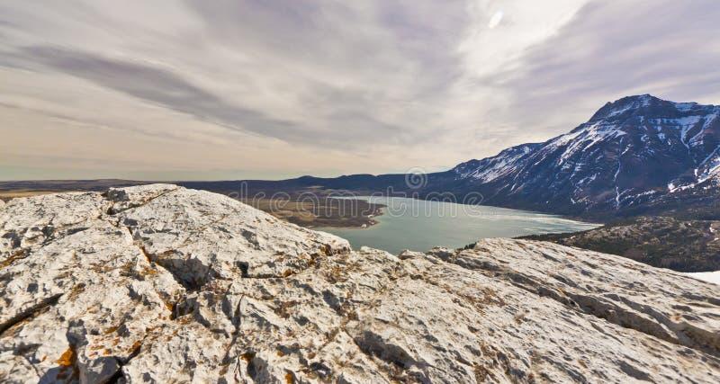 Sceniczny widok Waterton jezior park narodowy zdjęcie stock