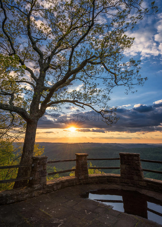 Sceniczny zmierzch, Appalachian góry, królestwo Przychodzi stanu parka, Kentucky obrazy royalty free