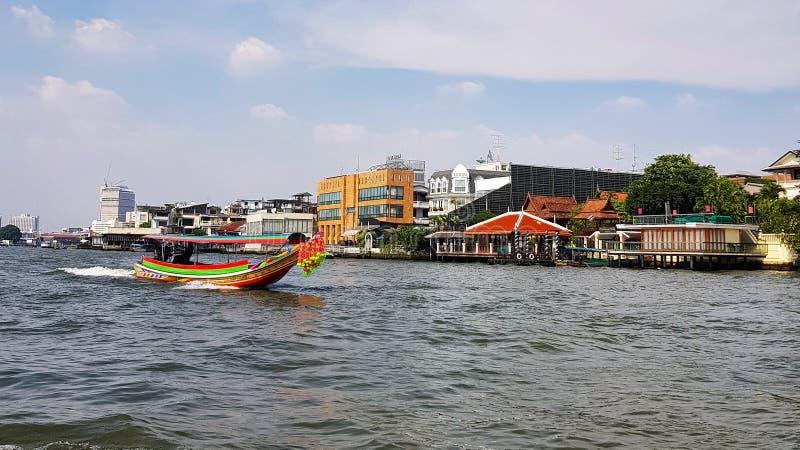 Scenisch zicht op de keerzijde in Bangkok stock afbeelding