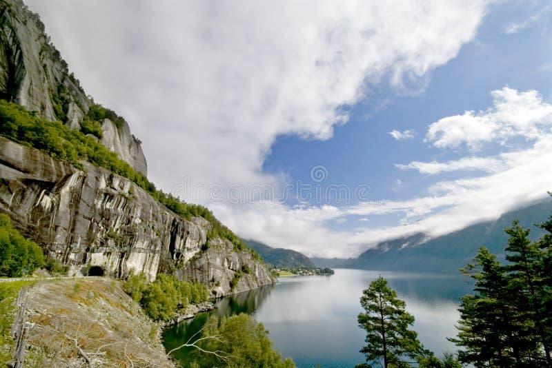 scenisk fjord fotografering för bildbyråer
