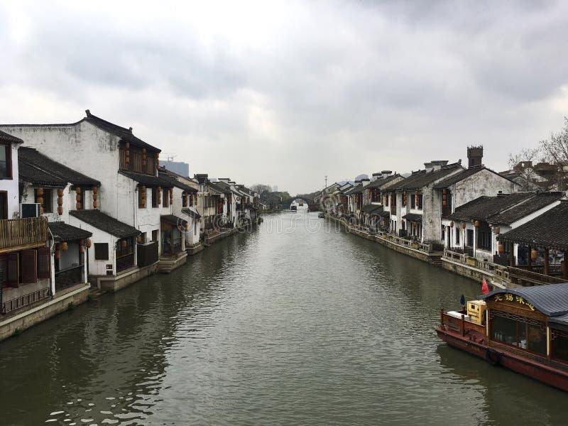 Scenisk forntida flod för Qingming bro, Wuxi, Kina fotografering för bildbyråer