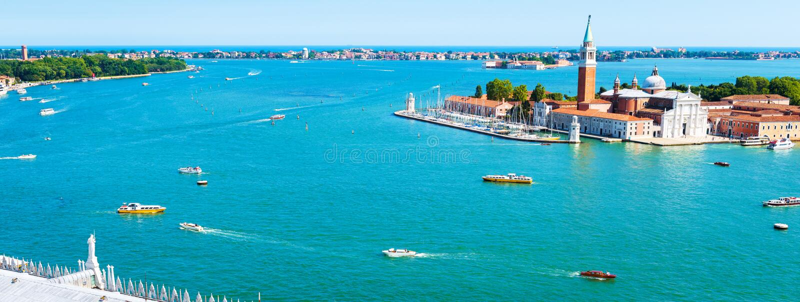 Scenisk panorama av Venedig med den San Giorgio Maggiore ön arkivfoton