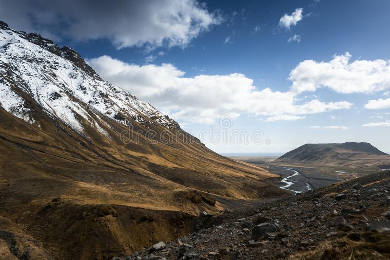 Sceniskt berglandskapskott royaltyfri fotografi