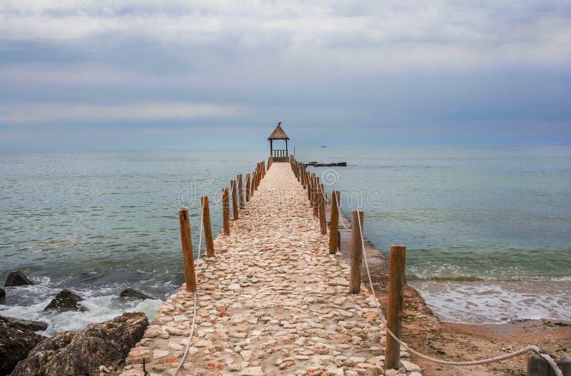 Sceniskt landskap på Black Sea på Balchik, Bulgarien royaltyfri foto