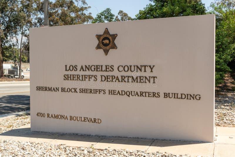 Sceriffo Alex Villanueva di LASD giurato dentro come nuovo sceriffo immagini stock libere da diritti