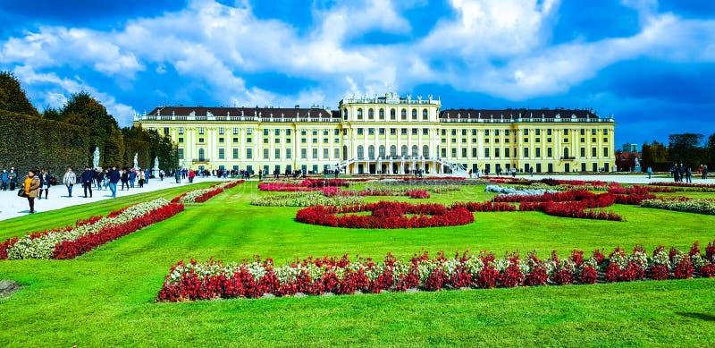 Schönbrunn pałac w Wiedeń - Piękny zabytek zdjęcie stock