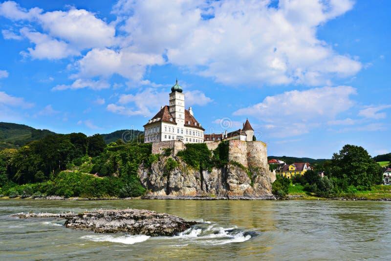 Schönbà ¼ hel een der Donau - Kasteel in Oostenrijk royalty-vrije stock foto