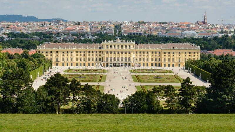 Schönbrunn Palast in Wien lizenzfreie stockfotografie