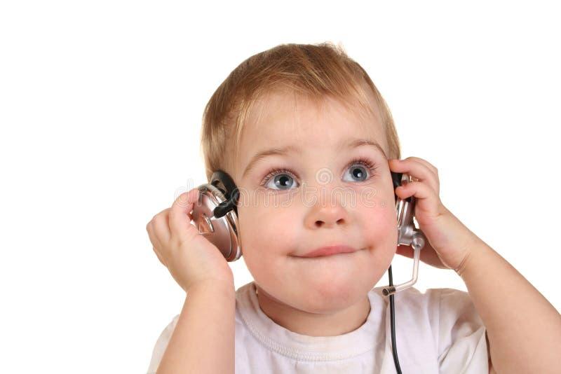 Schätzchen mit Kopfhörern 2 lizenzfreie stockfotos
