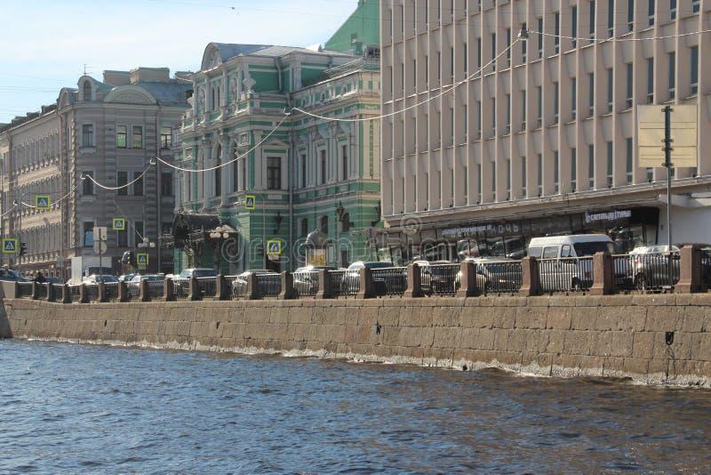 Schön errichtend Heilige Petersburg Russland stockbild