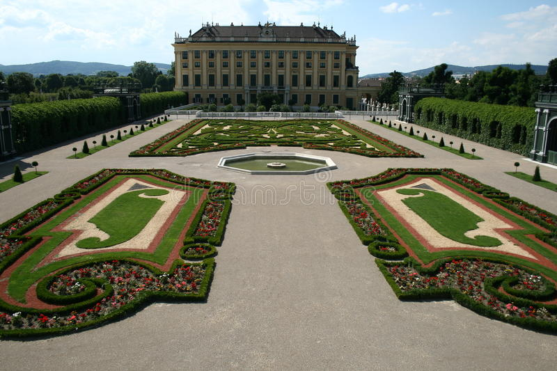 Schönbrunn castle, wien royalty free stock photography