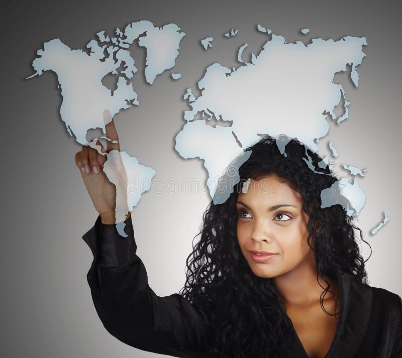 Schöne Afroamerikanergeschäftsfrau lizenzfreie abbildung