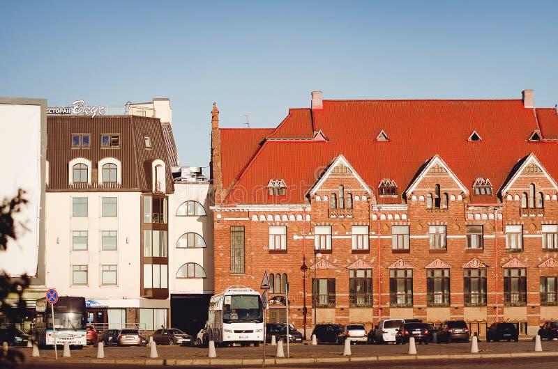 Schöne alte Architektur der Stadt von Wyborg Alt und Neubau nahe gelegen lizenzfreies stockfoto