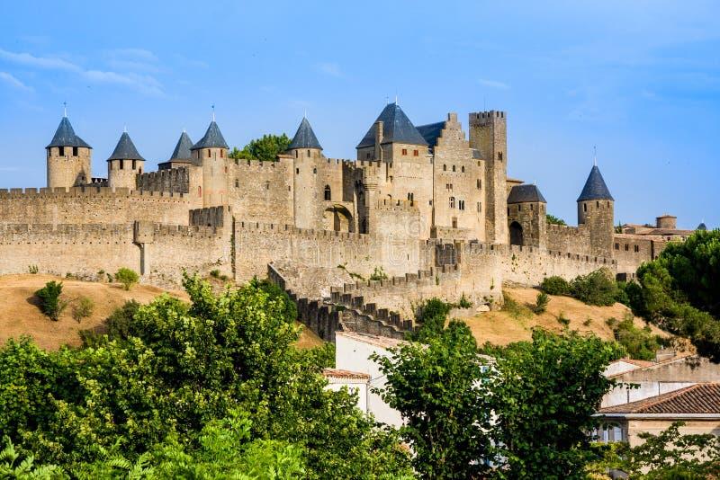 Schöne Ansicht der alten Stadt von Carcassone frankreich stockfotografie