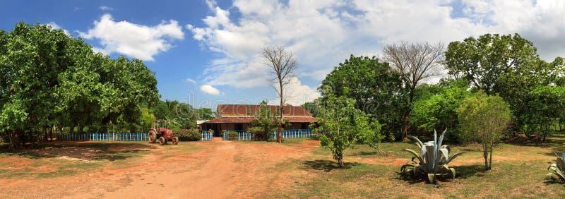 Schöne Ansicht der kubanischen Ranch lizenzfreie stockbilder
