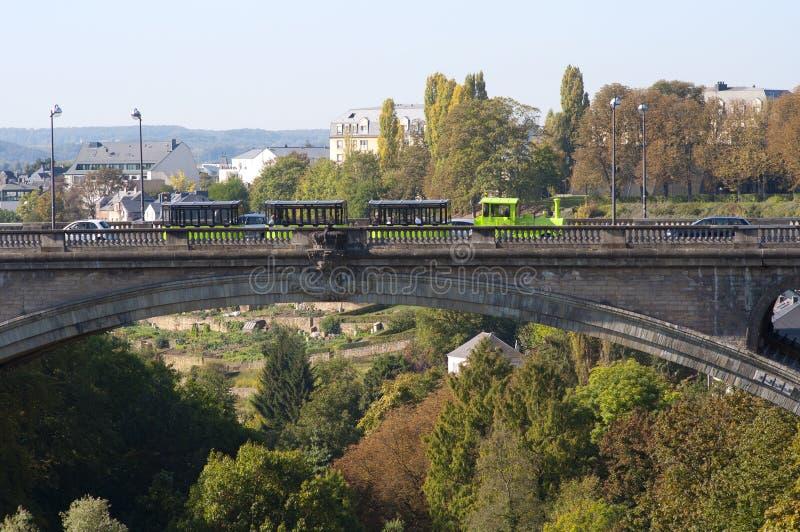 Schöne Ansicht der Luxemburg-Stadtbrücke stockfotos