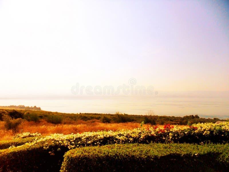 Schöne Ansicht des Meeres von Galiläa, Tiberias, Berg von Blessed lizenzfreie stockfotos