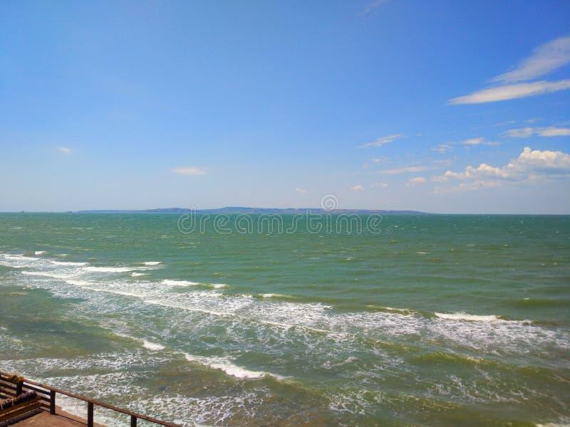 Schöne Ansicht des Schwarzen Meers stockbild