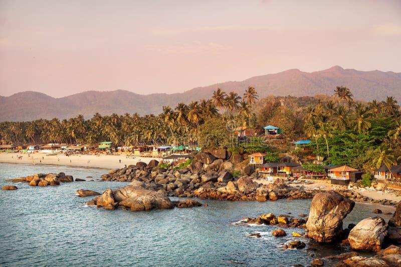 Schöne Ansicht des Sonnenuntergangstrandes in Goa stockbilder
