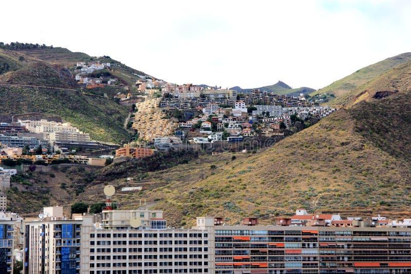 Schöne Ansicht vom Kreuzschiff an einem Teil von Santa Cruz de Tenerife - Kanarische Inseln, Spanien lizenzfreies stockfoto