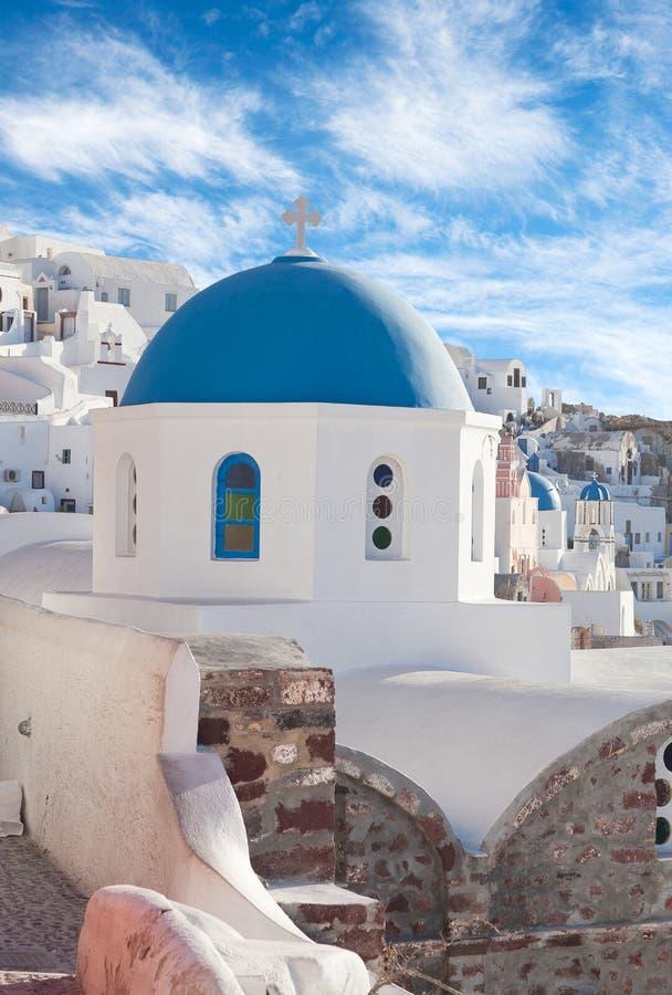 Schöne Ansicht von Oia-Stadt, Santorini-Insel, die Kykladen, Griechenland stockfoto