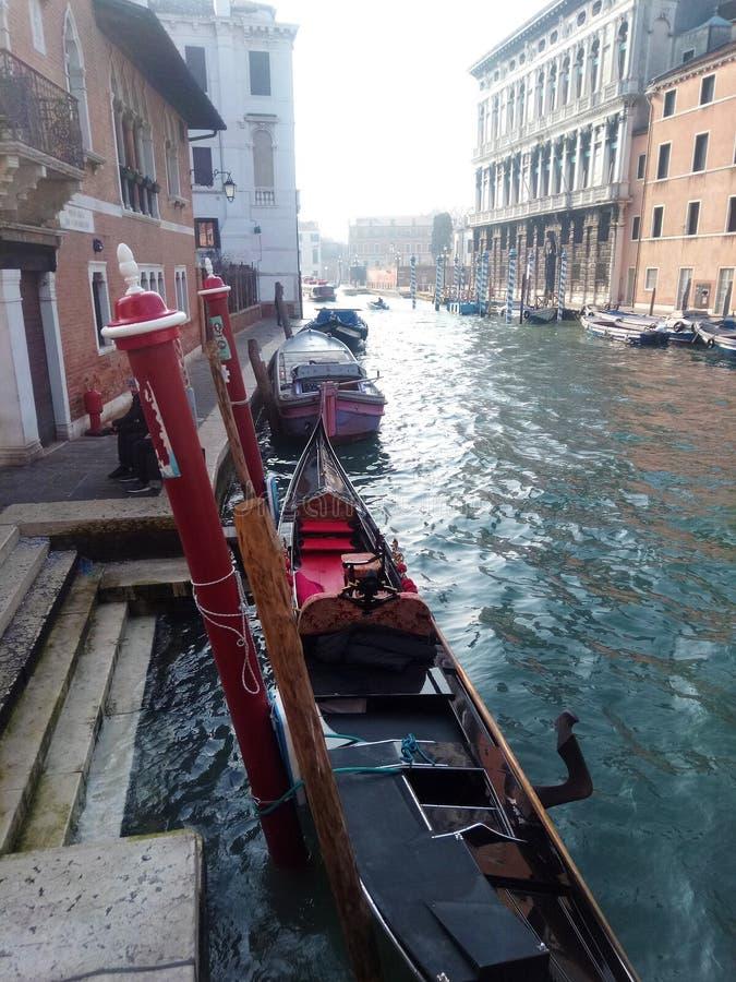 Schöne Ansicht von Venedig-Straße auf dem Wasserhaus I lizenzfreies stockfoto
