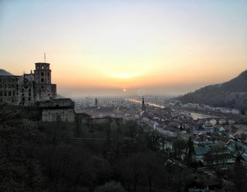 Schöne Ansicht zur alten Stadt von Heidelberg lizenzfreies stockbild