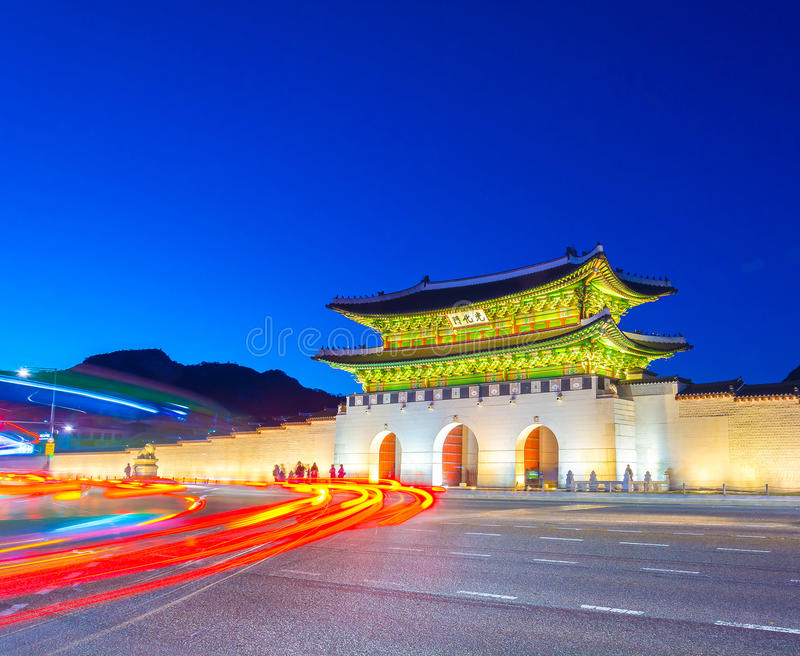 Schöne Architektur in Gyeongbokgungs-Palast an Seoul-Stadt Kor stockbild