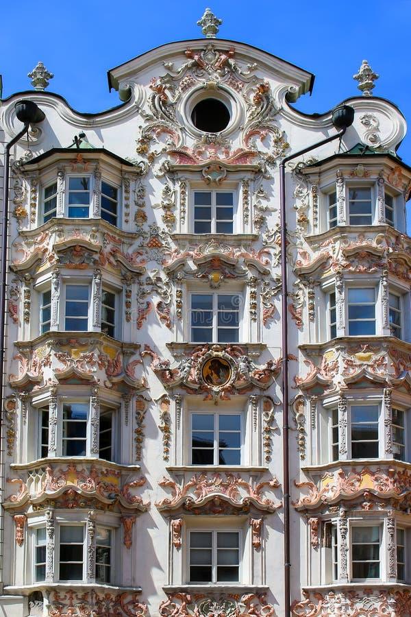 Sch ne barocke architektur in innsbruck sterreich for Architektur innsbruck