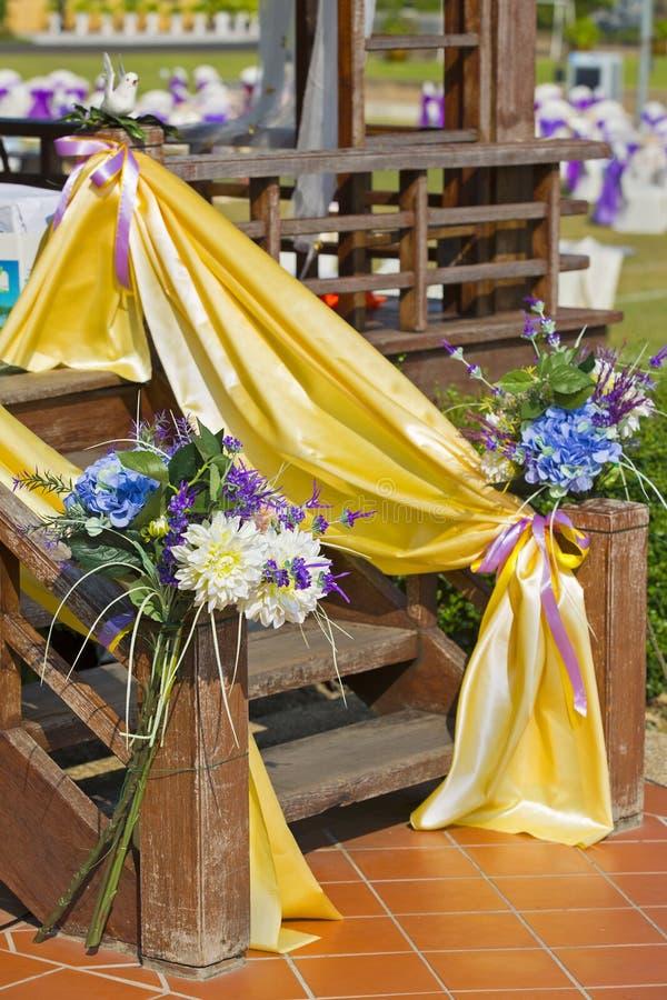 Schöne Blumen in der Hochzeit lizenzfreies stockbild