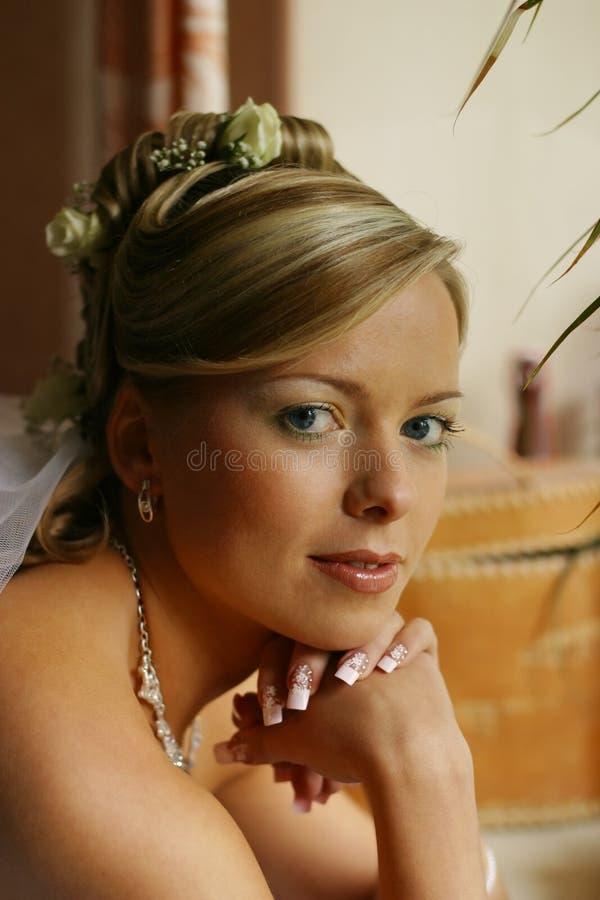 Schöne Braut lizenzfreie stockfotografie