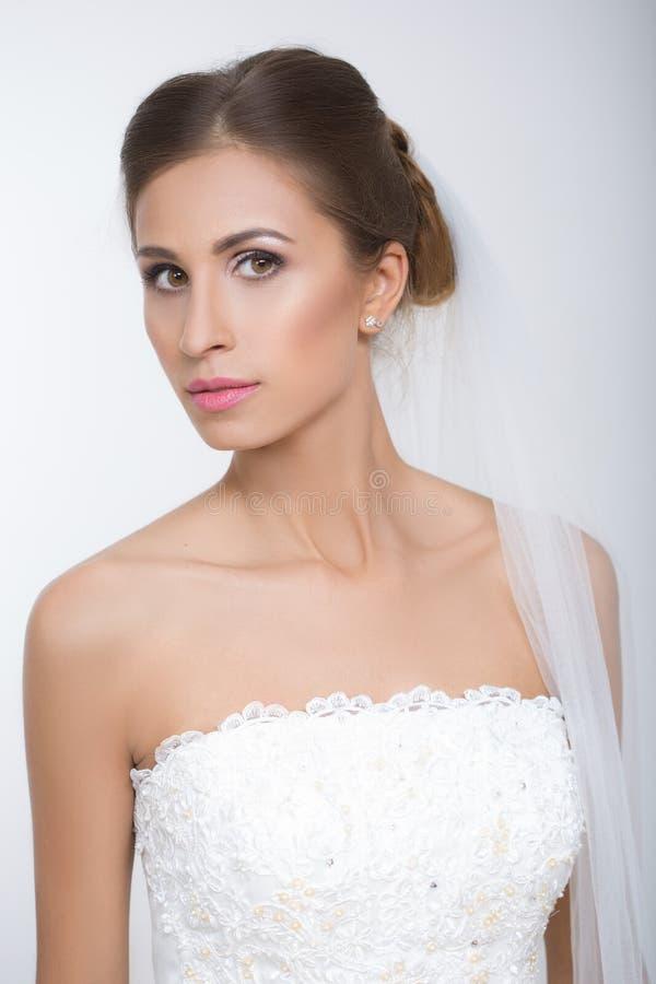 Schöne Braut lizenzfreies stockfoto