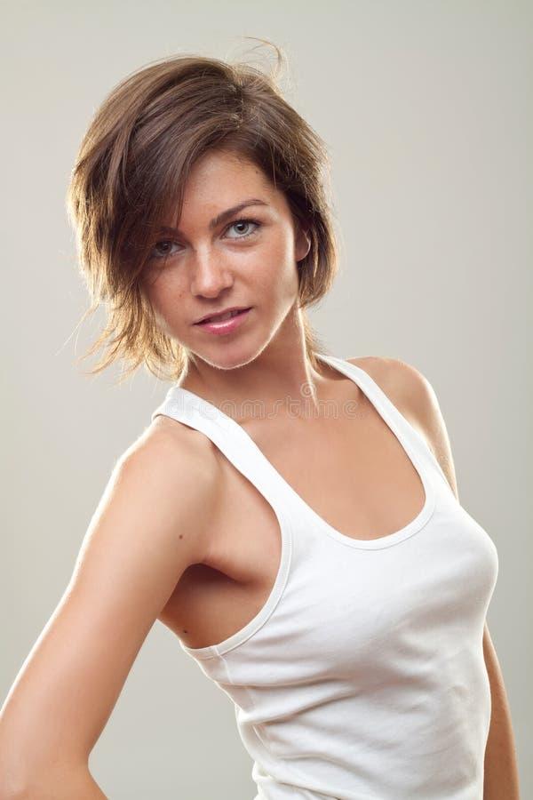 Schöne Frauenaufstellung lizenzfreie stockfotos