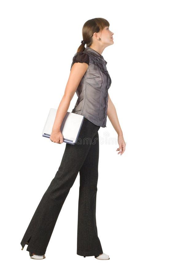 Schöne Geschäftsfrau mit Laptop lizenzfreies stockfoto
