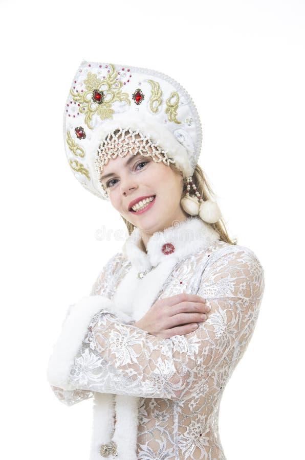 Schöne, glückliche Frau mit dem langen Haar, gekleidet als Santa Claus-Lächeln Weihnachten - Karneval des neuen Jahres lizenzfreie stockbilder