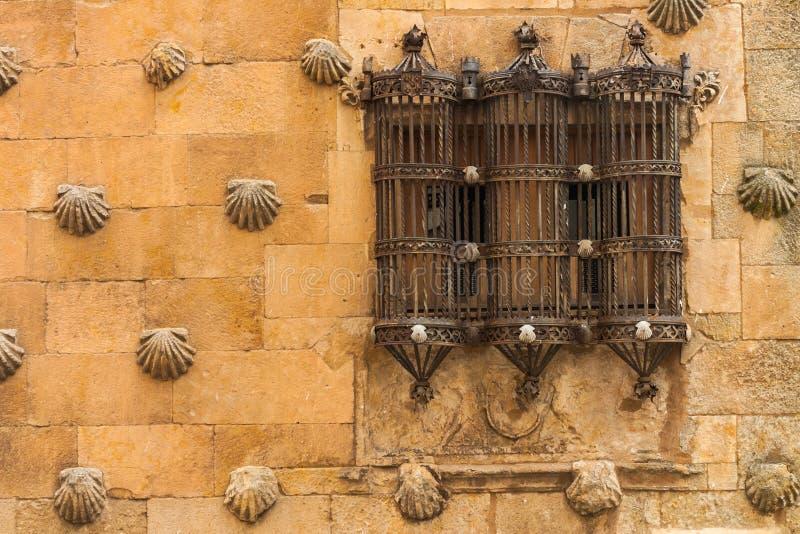 Schöne harte Schmiede im Haus von Oberteilen Salamanca lizenzfreie stockfotografie