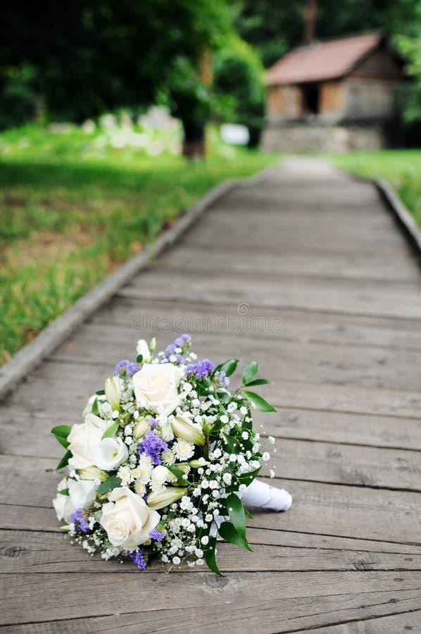Schöne Hochzeit blüht Blumenstrauß lizenzfreie stockbilder