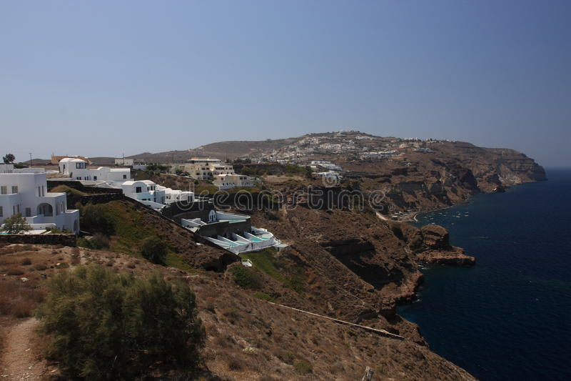 Schöne Küste von Santorini stockbild